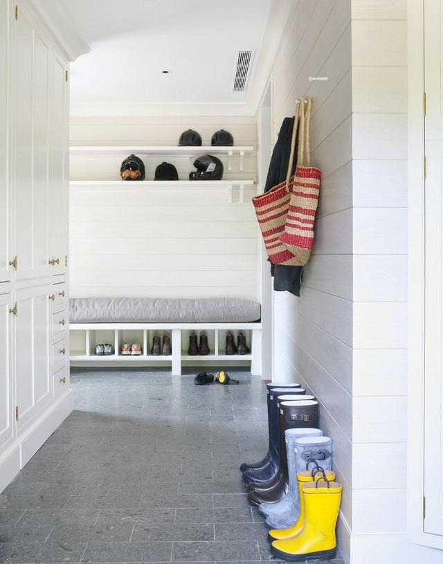 Những góc để đồ như thế này thì sự sạch sẽ, gọn gàng nên được xếp lên đầu tiên.