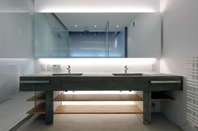 Phòng tắm sang trọng.
