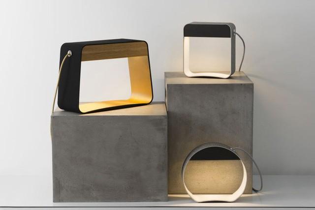 17. Mẫu đèn trang trí được thiết kế với rất nhiều hình dáng phong phú để bạn tùy ý lựa chọn.