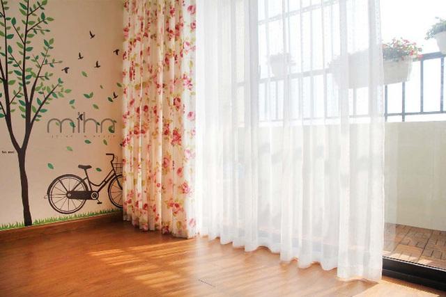 20. Không chỉ có tác dụng làm đẹp cho căn phòng, rèm còn có tác dụng điều chỉnh ánh sáng và hạn chế tiếng ồn bên ngoài.