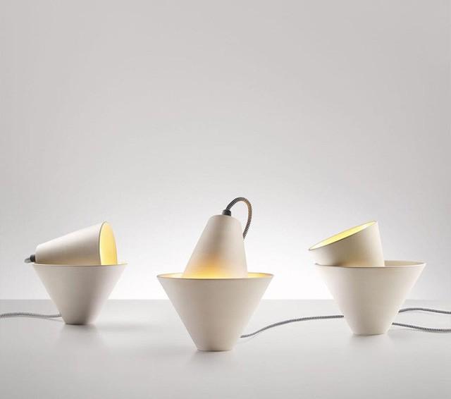 18. Mẫu đèn trang trí được thiết kế để người dùng sắp xếp theo ý của bản thân.