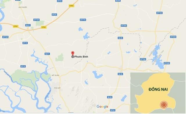 Thi thể cô gái được tìm thấy tại bãi cỏ ven đường ấp 1, xã Phước Bình, huyện Long Thành, Đồng Nai. Ảnh: Google Maps.