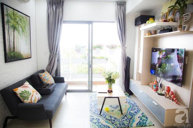 Góc phòng khách đẹp nhẹ nhàng với gam màu trung tính. (Ảnh Huy Nguyễn)