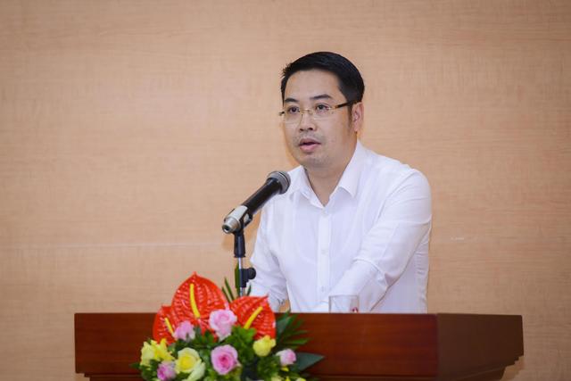 Ông Nguyễn Tuấn Anh, Vụ trưởng Vụ Tài chính - Kế toán (NHNN) phát biểu tại hội nghị.