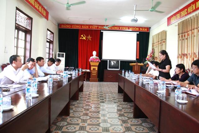 Bà Trần Thị Huyền – Phó Giám đốc Sở Y tế, Phó Trưởng ban chỉ đạo công tác dân số và phát triển tỉnh Phú Thọ phát biểu tại buổi làm việc
