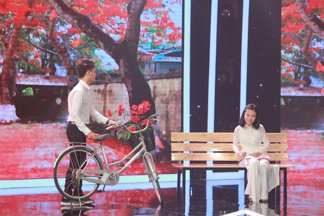 Ca khúc về tuổi học trò của Khánh Linh và Ngọc Sang gợi nhớ nhiều kỷ niệm của BGK