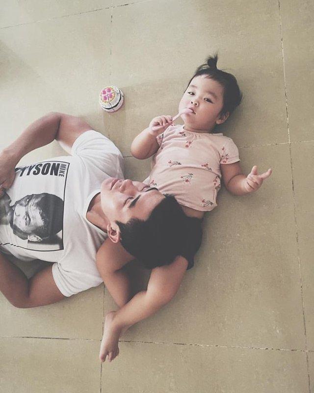 Hiện tại anh đang hạnh phúc bên gia đình nhỏ của mình. Cao Lâm Viên rất thường hay đăng tải hình ảnh của con gái lên trang cá nhân.