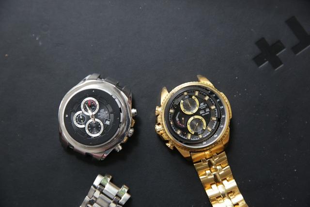 Phải tháo ra mới có thể phân biệt được đồng hồ nhái cao cấp