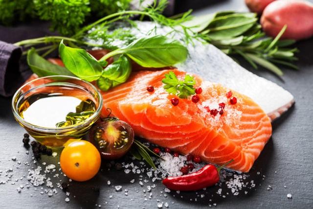 Axit béo omega-3 có tác dụng chống viêm, bảo vệ da, và thậm chí giảm một số ảnh hưởng đến sức khỏe tâm thần.