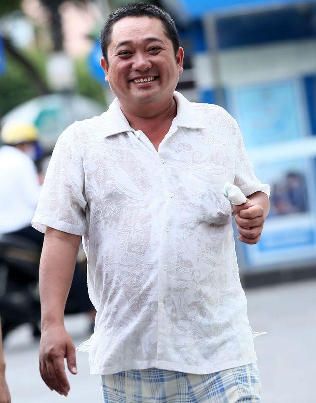 Phùng Ngọc từng được cộng đồng mạng giúp đỡ sau khi biết được hoàn cảnh của anh.