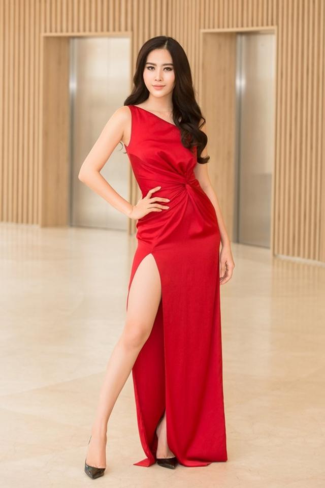 Top 8 Hoa hậu Trái đất ngày càng xinh đẹp và quyến rũ.