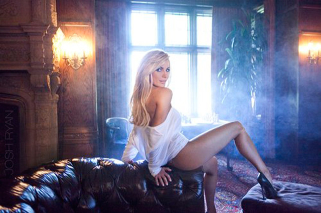 Ngày trẻ, ông Hugh Hefner là người sáng lập nên tờ tạp chí dành cho đàn ông mang tên Playboy. Từ sự thành công vượt trội của tạp chí này, ông mở rộng kinh doanh, phát triển nhiều lĩnh vực. Nhiều người mẫu, chân dài trở nên nổi tiếng và mơ ước được vào ngôi nhà của ông Hefner. Nhiều người thắc mắc sau khi qua đời, tài sản của ông chủ Playboy sẽ thuộc về chân dài nào?