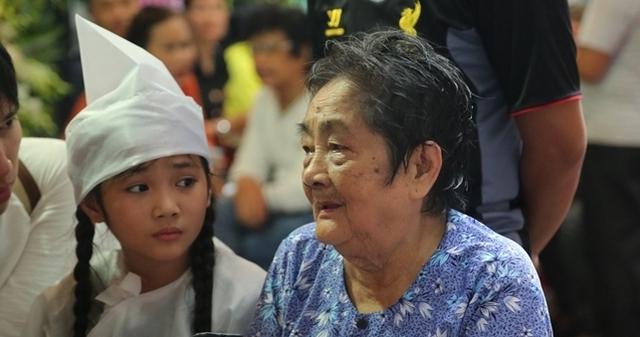 Mẹ nghệ sĩ Khánh Nam và con gái nuôi của anh - bé Khánh Nhi