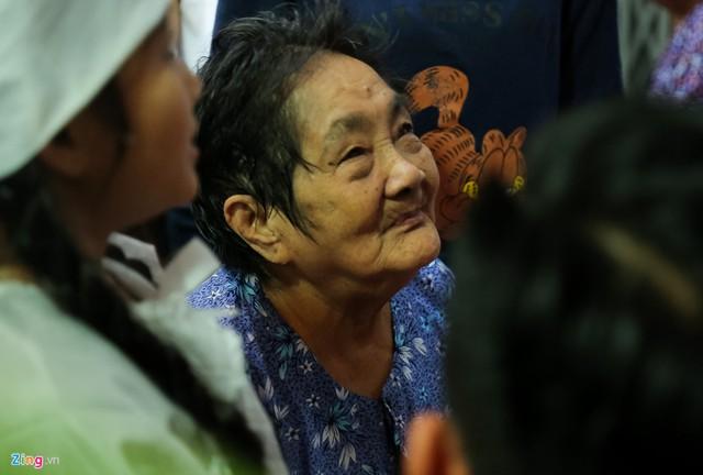 Bà Hui 78 tuổi, bị bệnh tim và suyễn nặng. Ảnh: Bá Ngọc.