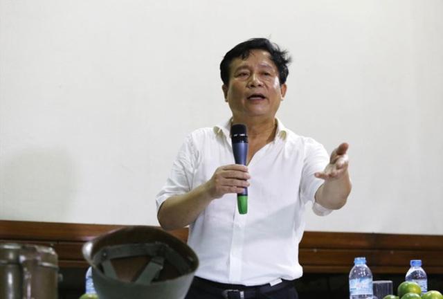 Chủ tịch VIVASO Nguyễn Thủy Nguyên: Anh ta kéo các nghệ sĩ vào, tranh thủ nói lái sang để người ta nhìn trên góc độ khác đi. Anh Tuấn là dân đóng kịch, dân diễn mà.