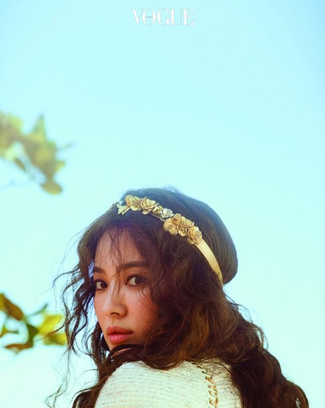 Song Hye Kyo trong bộ ảnh Vogue số mới.