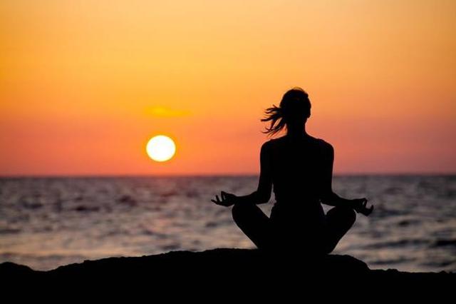 Dù bận rộn đến đâu, dù ngược xuôi thế nào, đôi khi hãy để lòng mình lắng xuống, tĩnh tâm và cảm nhận.