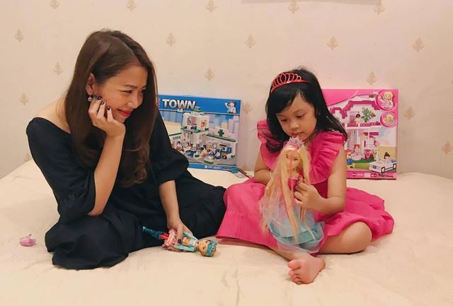 MC Diệp Chi và con gái