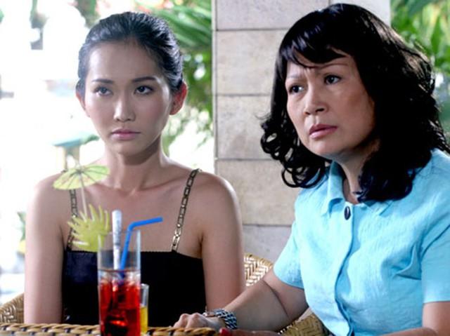 Hải Lý và diễn viên Kim Hiền trong một bộ phim. Chị là gương mặt quen thuộc với khán giả qua màn ảnh nhỏ trong các bộ phim truyền hình.