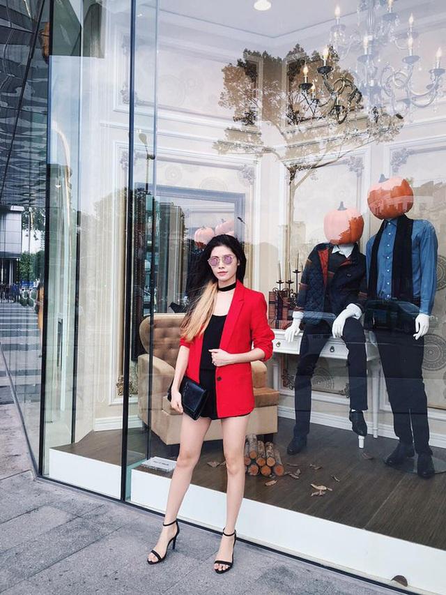Các nhãn hiệu yêu thích của Thủy Anh là Zara, HM, YSL, Chanel, Dior, Topshop...