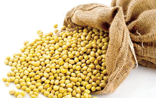 Rau xanh cũng như các loại củ quả cung cấp nhiều vitamin cần thiết cho sự phát triển của cơ thể.