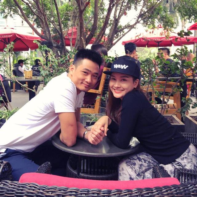 Là công an nên chồng thật của Minh Vân ngoài đời có nghiệp vụ để giảng hòa với vợ mỗi khi cãi vã giận hờn.