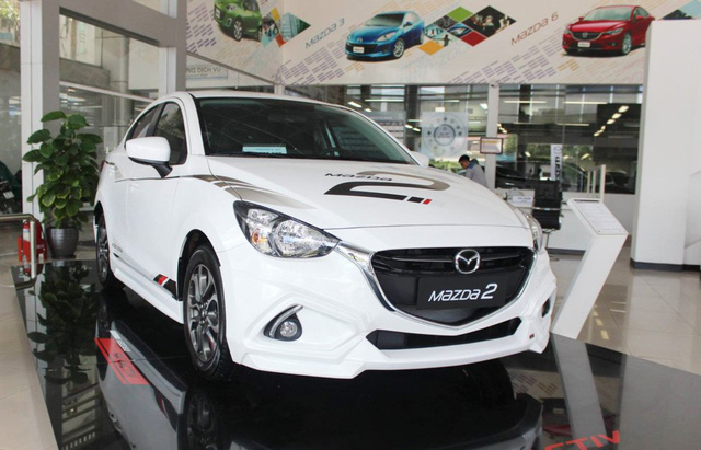 Nhiều người dùng đang nuôi mộng mua ôtô giá rẻ trong năm 2018.