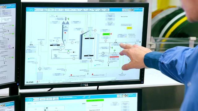 Hệ thống hiện đại, khép kín được kiểm soát bằng máy móc đảm bảo vô trùng