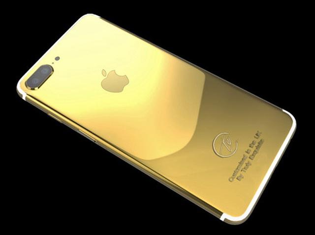 Một công ty khác ở Anh là Truly Exquisite cũng giới thiệu mẫu iPhone 7 Plus mạ vàng 24K có giá hơn 70 triệu đồng.