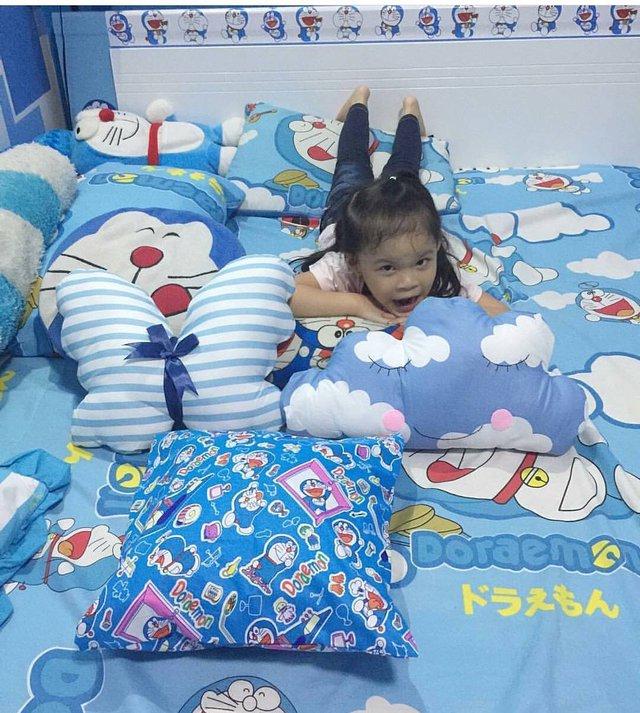 Cô con gái lớn đáng yêu của chị Reghina.
