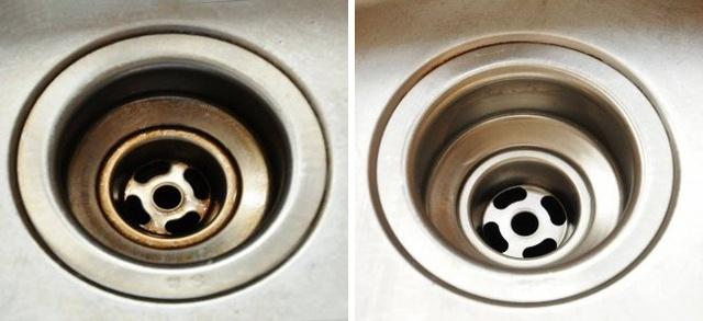 Một hỗn hợp gồm baking soda, giấm và nước có thể giúp bạn xử lý vấn đề tắc nghẽn đường ống cống, hiệu quả ngay cả với tình trạng tắc tồi tệ. Bạn đổ nửa cốc baking soda vào cống, sau đó thêm một ly giấm và cuối cùng là một lượng nước đun sôi. Sau 20 phút, bạn đổ ít nước vào cống. Bạn có thể làm cách này để ngăn ngừa tắc nghẽn.