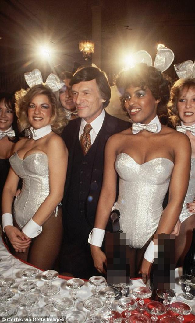 Tuổi trẻ của ông chủ Playboy được vây quanh bởi các chân dài. Họ sẵn sàng chụp ảnh nude, sống chung với ông Hefner dù biết có thể không được chia tài sản.