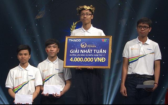 Nhân Thanh Tùng (Nhất cuộc thi Tuần) và Phạm Phú Vinh (Nhì cuộc thi Tuần) sẽ gặp lại nhau trong cuộc thi Tháng 1 Quý 3.