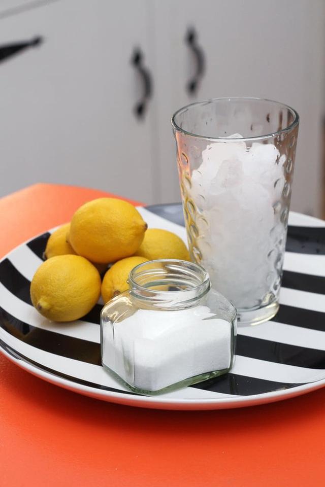 Làm sạch cống bằng nguyên liệu dễ tìm và cách thực hiện vô cùng đơn giản.