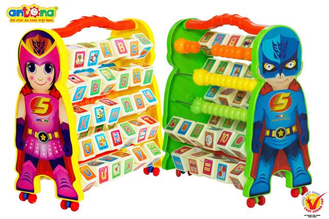 ANTONA là doanh nghiệp TIÊN PHONG trong việc sáng tạo các sản phẩm đồ chơi Giáo dục theo phương pháp giáo dục đào tạo sớm.