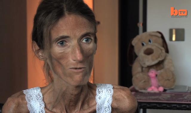 Cô mong ước có một gia đình nên muốn nhận con nuôi.