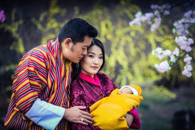 Cặp đôi đón con trai đầu lòng vào năm 2016, sau 5 năm kết hôn.
