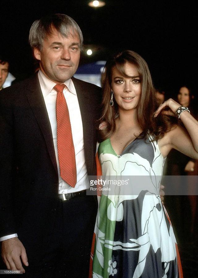 Natalie kết hôn với đạo diễn Richard Gregson.