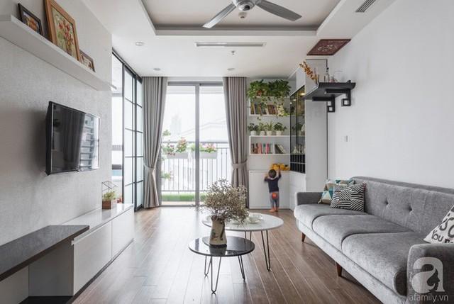 Ai cũng ao ước có một không gian sinh hoạt chung, nơi tiếp khách của gia đình đẹp dịu dàng như thế này. Không gian dường như chẳng có gì đặc biệt nhưng chính sự đơn giản lại mang đến nét ấn tượng vô cùng đặc biệt.
