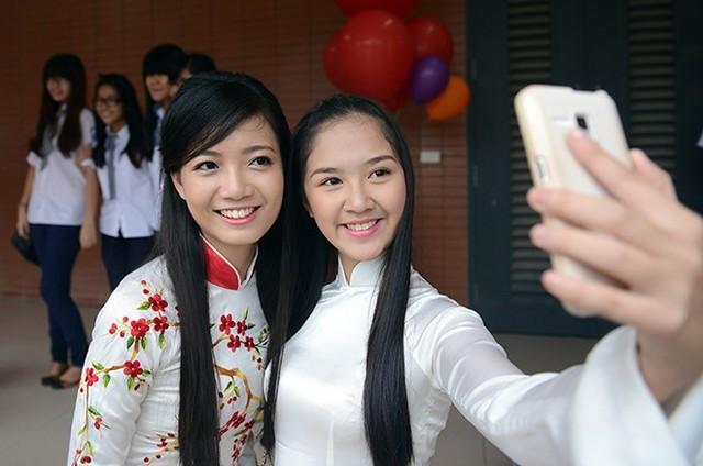 Cô Hồng Anh từng giành giải Á khôi cuộc thi Hoa khôi sinh viên Hà Nội (Imiss Thăng Long 2010). Ảnh: Anh Tuấn.