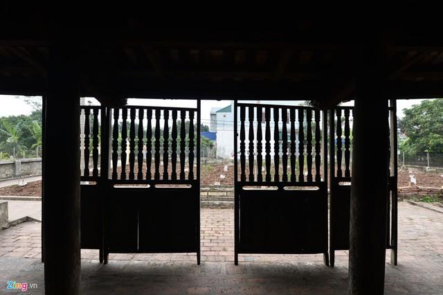 Đây cũng là ngôi nhà gỗ đặc biệt công phu mà khắp cả phủ Lý Nhân và các tỉnh lân cận thời này đều chưa có.
