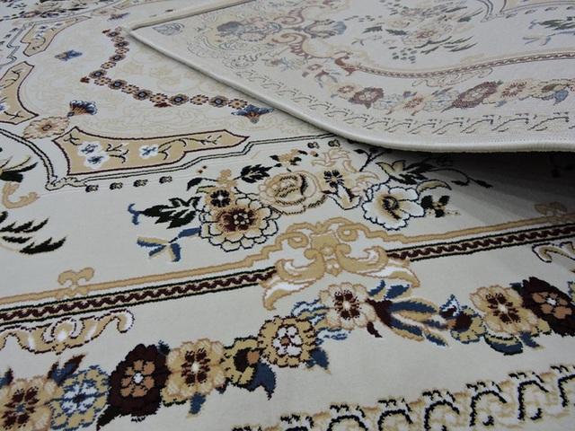 Với thảm trải sàn bạn sẽ thỏa sức sáng tạo và áp dụng các mẫu thảm hoa văn khác nhau như hình học, hoa lá cành, trừu tượng đều có thể đem lại hiệu quả cao.
