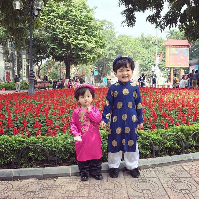 Sinh 2 nhóc tì xong, cuộc sống gia đình Thùy Linh ngày càng viên mãn.