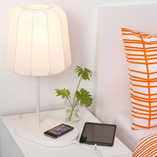 7. Những món đồ đa năng mang đến sự tiện dụng cho người dùng luôn được yêu thích và những chiếc đèn tiện dụng này cũng vậy.