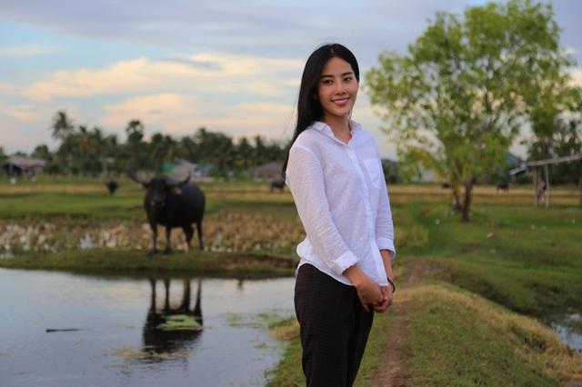 Sinh ra ở miền quê khó nên khi nhập vai gái quê, cô không có gì xa lạ.