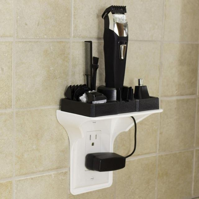6. Thay vì để máy cạo dâu bằng điện, lược chải đầu, bàn chải đánh răng... mỗi thứ một nơi trong phòng tắm, chiếc kệ này sẽ giúp các ông chồng không thể để đồ dùng phòng tắm của mình một cách bừa bãi được nữa. Sản phẩm có giá 11$, khoảng 250 nghìn đồng.