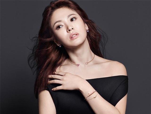 Bí quyết giữ dáng để luôn trẻ đẹp như gái đôi mươi của nữ thần hàng đầu châu Á Song Hye Kyo - Ảnh 7.