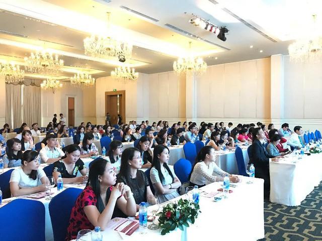 Hội nghị với sự tham gia và tham luận sôi nổi của hơn 150 bác sĩ và nhân viên y tế