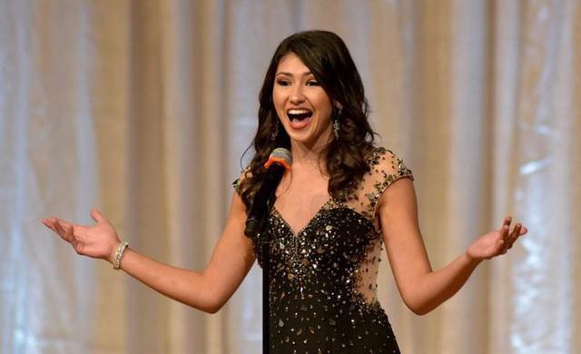 Sắp tới, cô sẽ tiếp tục tranh tài trong cuộc thi Hoa hậu đảo Staten.