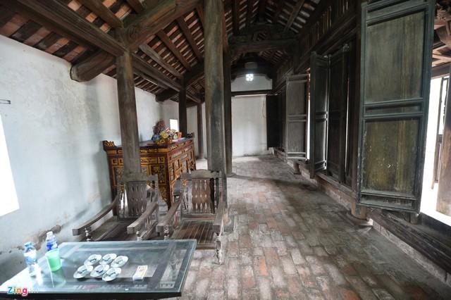 Ngôi nhà đã hơn 100 năm tuổi nhưng mái ngói vẫn chưa phải tu sửa, và không bị dột nát.